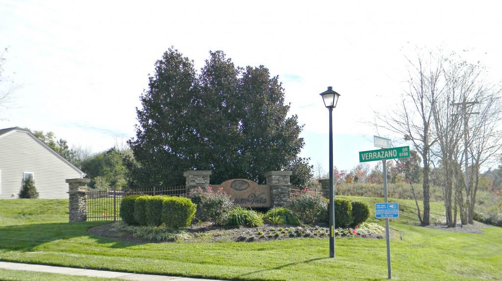 Neighborhood Entry